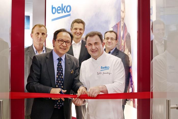 Con su renovada imagen corporativa beko inaugura en su sede de barcelona el nuevo showroom - De sede showroom ...
